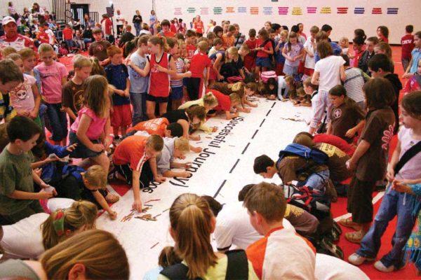kids-signing-runway2